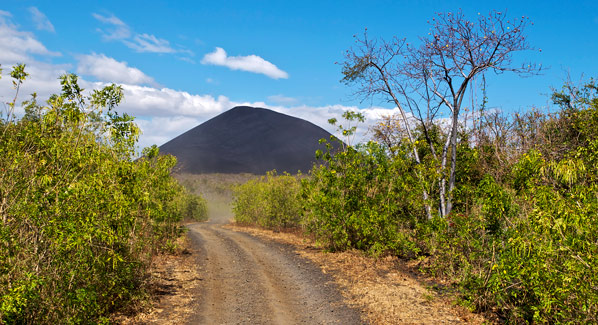 Nicaragua Cerro Negro Volcano Hiking