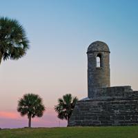 Florida-StAugustine-Castillo-romance-sunset