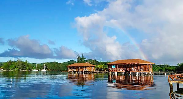 Coco View Resort Honduras