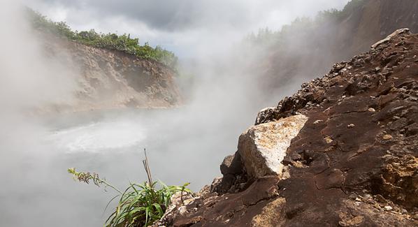 Dominica Boiling Lake