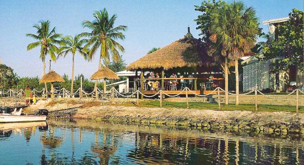 Sugarloaf Lodge Tiki Bar
