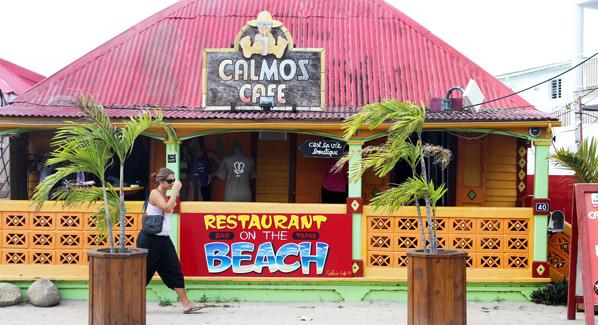 Calmos Cafe St. Martin
