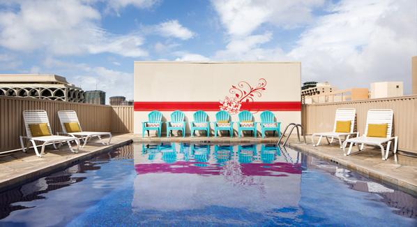 Shoreline Waikiki Rooftop Pool