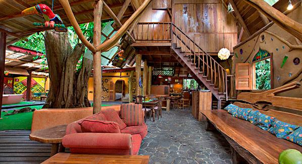 Crystal House Tree House Lodge Costa Rica