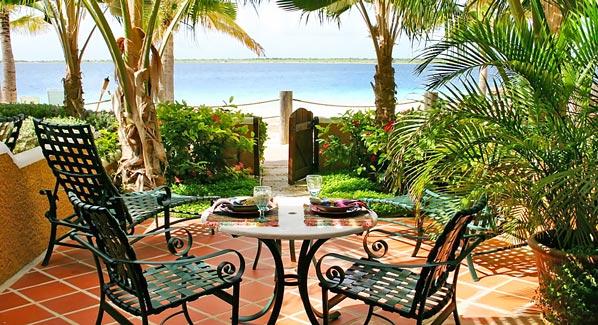 Harbour Village Beachfront Suite Patio Bonaire