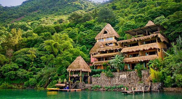 Laguna Lodge Exterior