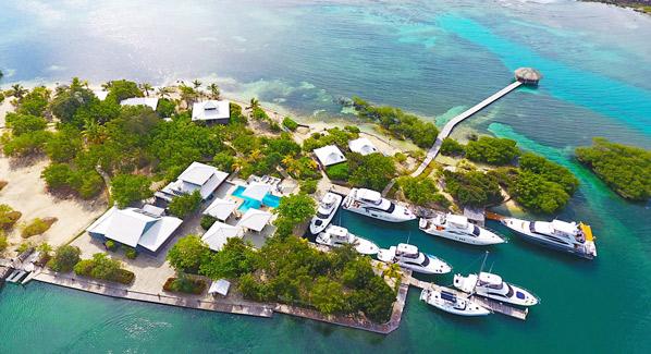 Barefoot Cay Resort Honduras